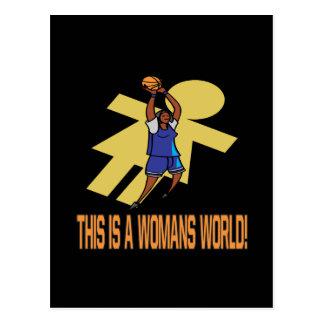 Éste es el mundo de una mujer postales