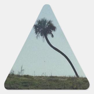 Éste es el que está de un árbol bueno colcomanias de triangulo