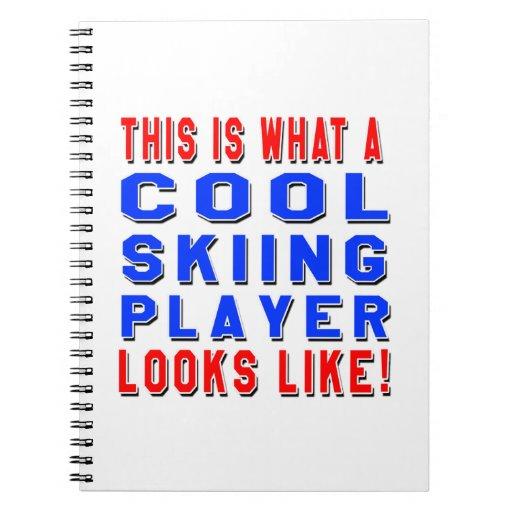 Éste es un qué jugador fresco del esquí parece libros de apuntes con espiral