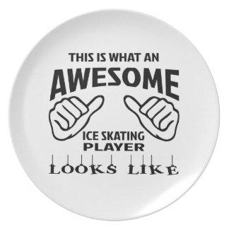 Éste es un qué jugador impresionante del patinaje plato de comida