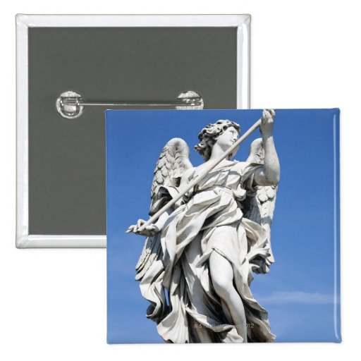 Éste es una de las estatuas del ángel de los 2 fam pin cuadrado