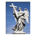 Éste es una de las estatuas del ángel del famoso postales