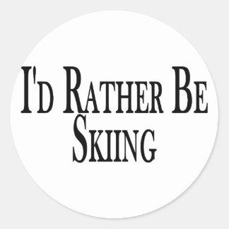 Esté esquiando bastante etiquetas redondas