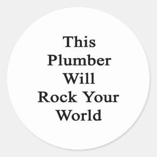 Este fontanero oscilará su mundo etiquetas redondas