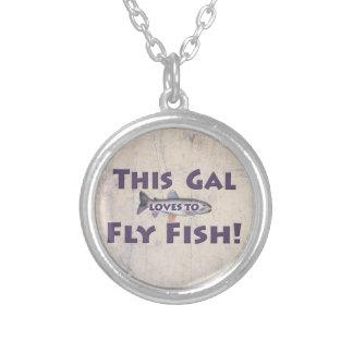 ¡Este galón ama volar pescados! Pesca con mosca de Colgante Redondo