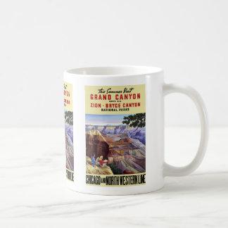 Este Gran Cañón de la visita del verano Taza Básica Blanca
