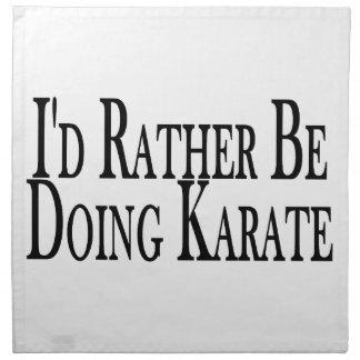 Esté haciendo bastante karate servilleta de papel