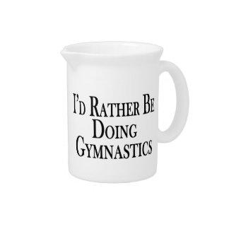 Esté haciendo bastante la gimnasia jarras