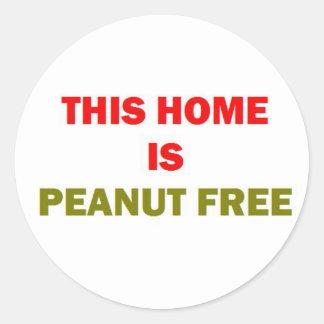 Este hogar es cacahuete libre pegatina redonda