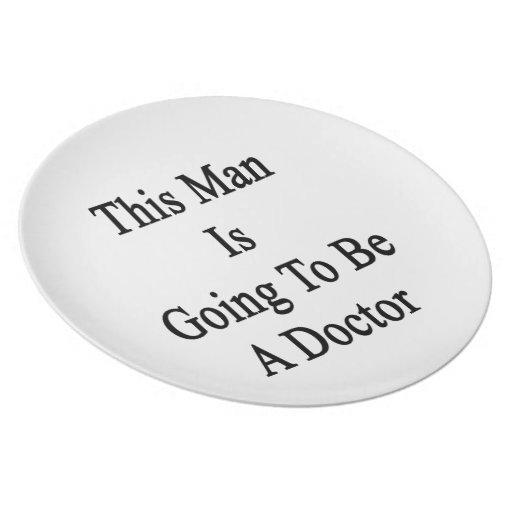 Este hombre va a ser doctor plato para fiesta