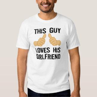 Este individuo ama a su novia playeras