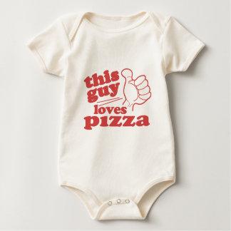 Este individuo ama la pizza body de bebé