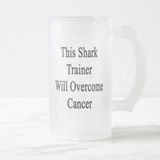 Este instructor del tiburón superará al cáncer taza cristal mate