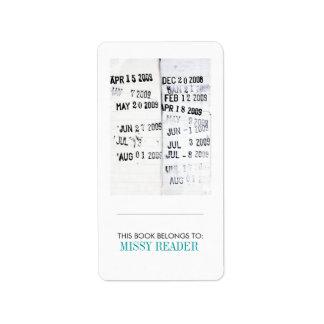 """""""Este libro pertenece"""" a la etiqueta Etiqueta De Dirección"""