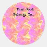 Este libro pertenece… a la etiqueta