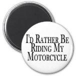 Esté montando bastante mi motocicleta iman