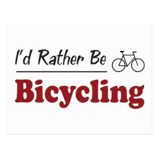 Esté montando en bicicleta bastante tarjetas postales
