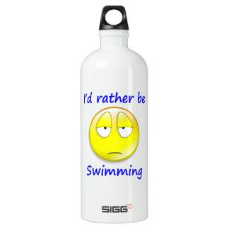 Esté nadando bastante