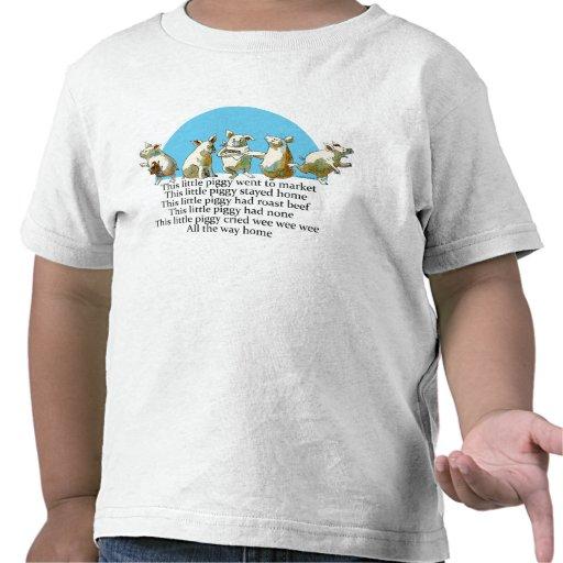Este pequeño cerdo fue a comercializar la camiseta