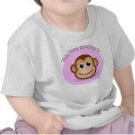 Este pequeño mono es 1 camiseta