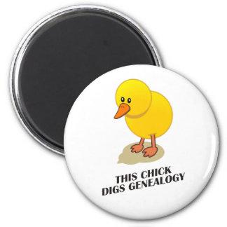Este polluelo cava la genealogía imán redondo 5 cm