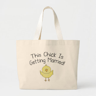 Este polluelo está consiguiendo casado bolsas