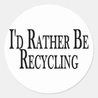 Esté reciclando bastante pegatina redonda