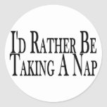 Esté tomando bastante una siesta pegatinas redondas