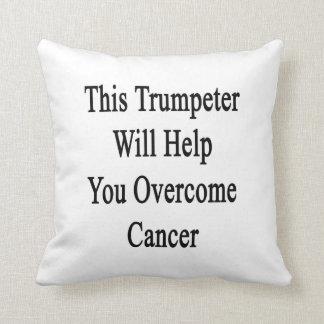 Este trompetista le ayudará a superar al cáncer cojines