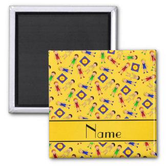 Estera linda amarilla conocida personalizada de imán cuadrado