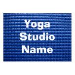 Estera pegajosa azul de la yoga plantilla de tarjeta personal