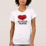 Estetoscopio del corazón de la enfermera de la esc camisetas