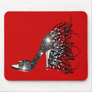 Estilete negro chispeante en rojo mousepads