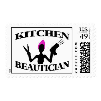 Estilista del Beautician de la cocina en casa Estampilla