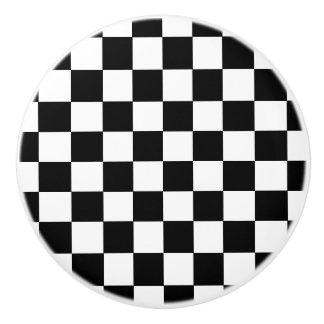 Estilo comprobado blanco y negro de la bandera pomo de cerámica