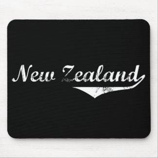 Estilo de la revolución de Nueva Zelanda Tapetes De Ratón