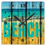 Estilo de madera de la muestra de la playa reloj