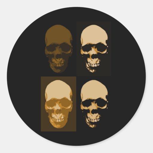 Estilo del arte pop de los cráneos etiqueta redonda