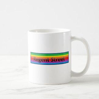 Estilo regente 2 de la calle taza de café
