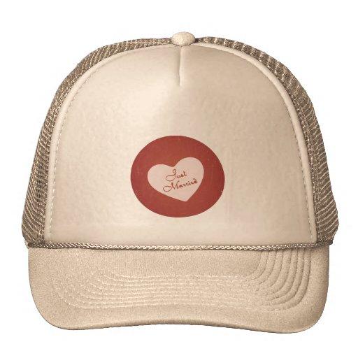 Estilo retro del vintage apenas casado en rojo ant gorras
