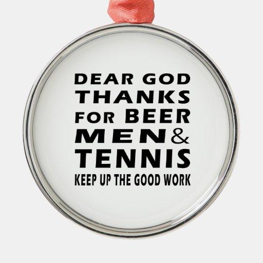 Estimadas gracias de dios por hombres y tenis de adorno redondo plateado