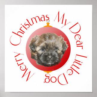Estimado pequeño perro rescatado de las Felices Na Posters