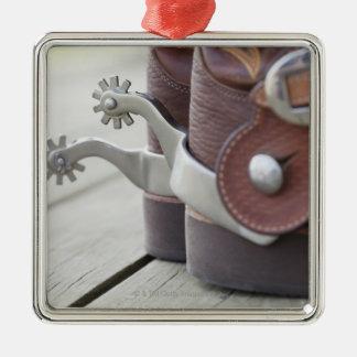 Estímulos en botas de vaquero adorno cuadrado plateado