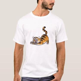 Estirar la camiseta del tigre