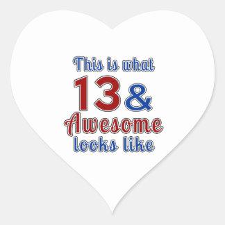Esto es de lo que tienen gusto 13 y la mirada pegatina en forma de corazón