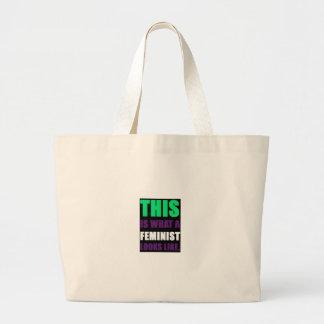 Esto es lo que parece una feminista bolsa lienzo