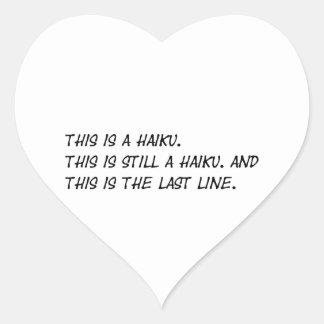"""""""Esto es poema divertido de un Haiku"""" - Meme Pegatina En Forma De Corazón"""