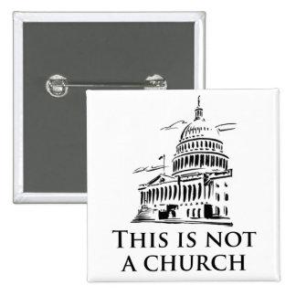 esto no es una iglesia pin cuadrada 5 cm