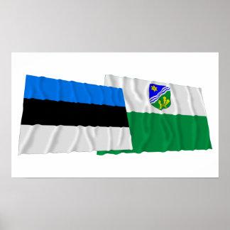 Estonia y banderas que agitan de Tartu Posters