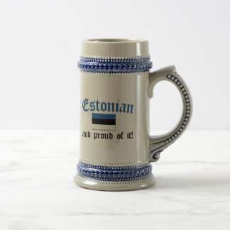 Estonio orgulloso jarra de cerveza